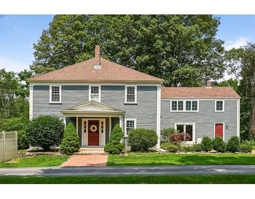 Maison unifamiliale pour l Vente à 126 Coolidge Street 126 Coolidge Street Sherborn, Massachusetts 01770 États-Unis