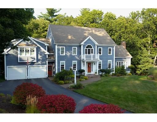 Casa Unifamiliar por un Venta en 24 Rose Hill Road 24 Rose Hill Road Hanover, Massachusetts 02339 Estados Unidos