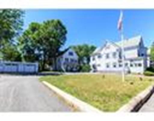 Casa Multifamiliar por un Venta en 86 Winthrop Street 86 Winthrop Street Brockton, Massachusetts 02301 Estados Unidos