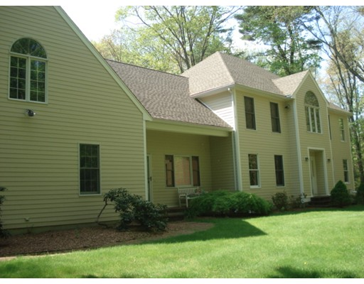 واحد منزل الأسرة للـ Rent في 21 Lake Street 21 Lake Street Norfolk, Massachusetts 02056 United States