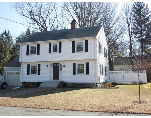 Single Family Home for Sale at 48 Morrison Avenue 48 Morrison Avenue Stoneham, Massachusetts 02180 United States