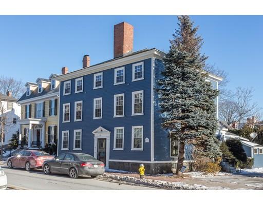 متعددة للعائلات الرئيسية للـ Sale في 23 Summer Street 23 Summer Street Salem, Massachusetts 01970 United States