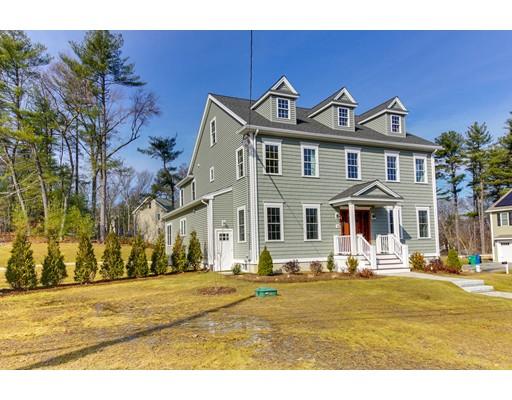 Maison unifamiliale pour l Vente à 15 Maryvale Road 15 Maryvale Road Burlington, Massachusetts 01803 États-Unis