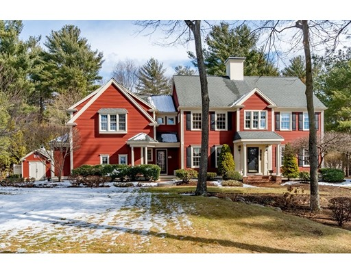 Single Family Home for Sale at 35 Village Lane 35 Village Lane Hanover, Massachusetts 02339 United States