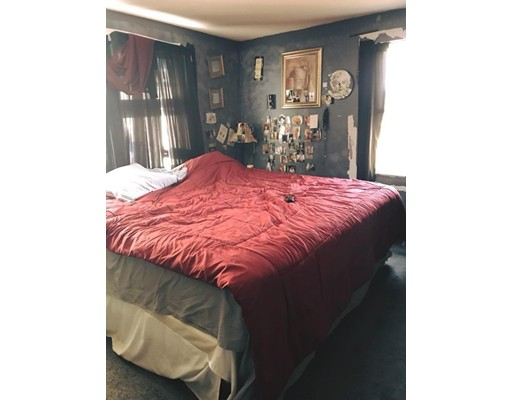 35 Buttonwood Road, Amesbury, MA, 01913