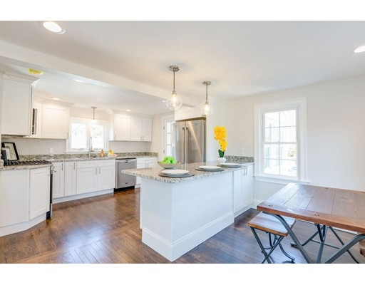 Single Family Home for Sale at 1 Oxford 1 Oxford Wilmington, Massachusetts 01887 United States