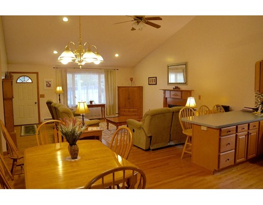 68 East Hill Road, Brimfield, MA, 01010