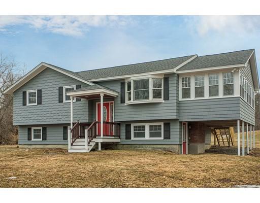 Single Family Home for Sale at 86 Oak Hill Street 86 Oak Hill Street Pepperell, Massachusetts 01463 United States