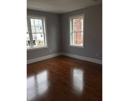 21 Goethe St, Boston, MA, 02132