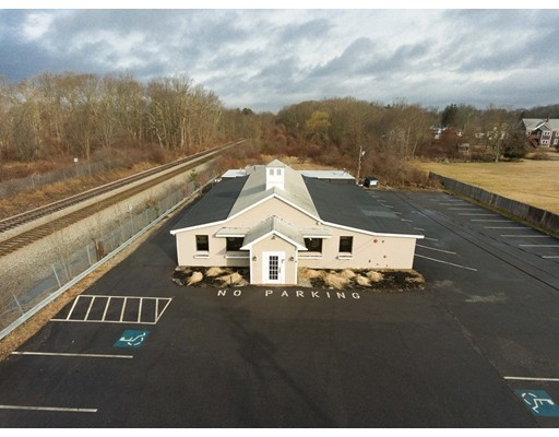 Commercial for Sale at 579 West Street 579 West Street East Bridgewater, Massachusetts 02333 United States