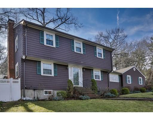 واحد منزل الأسرة للـ Sale في 1 Alpine Circle 1 Alpine Circle Wakefield, Massachusetts 01880 United States