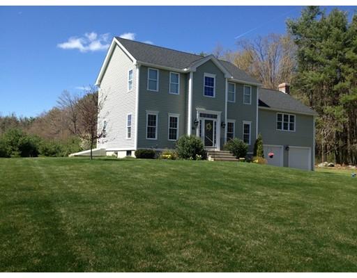 Casa Unifamiliar por un Venta en 81 Ridge Road 81 Ridge Road Rutland, Massachusetts 01543 Estados Unidos