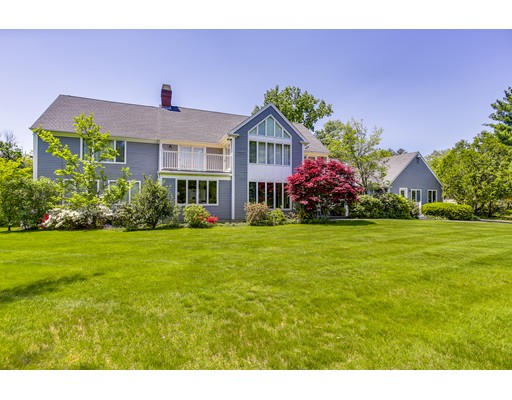 Picture 2 of 33 Whispering Ln  Wayland Ma 5 Bedroom Single Family