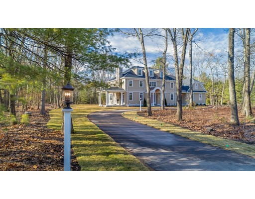 Single Family Home for Sale at 89 Bradford Road 89 Bradford Road Weston, Massachusetts 02493 United States