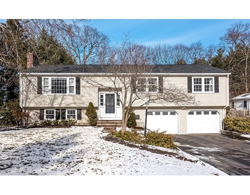 Single Family Home for Sale at 4 Driscoll Drive 4 Driscoll Drive Framingham, Massachusetts 01701 United States