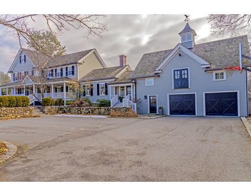 Maison unifamiliale pour l Vente à 62 Strawberry Hill Street 62 Strawberry Hill Street Dover, Massachusetts 02030 États-Unis
