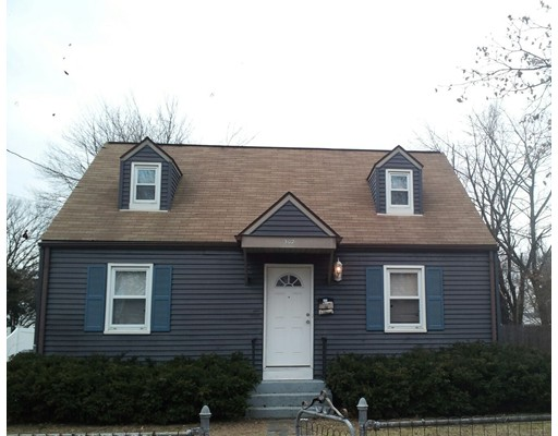 Single Family Home for Rent at 302 Rosewell St #1 302 Rosewell St #1 Springfield, Massachusetts 01109 United States