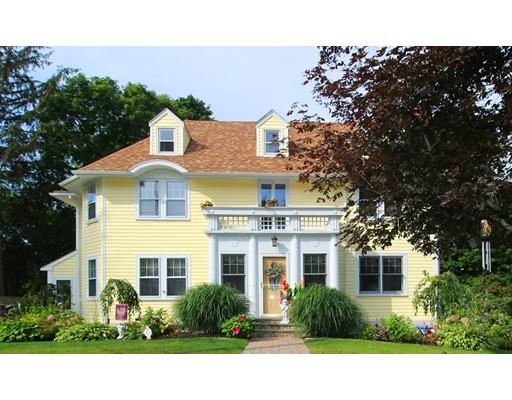 Maison unifamiliale pour l Vente à 128 High Street 128 High Street Wareham, Massachusetts 02571 États-Unis