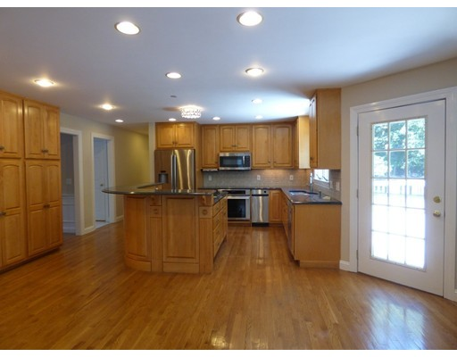 7 JAY LANE, Acton, MA, 01720