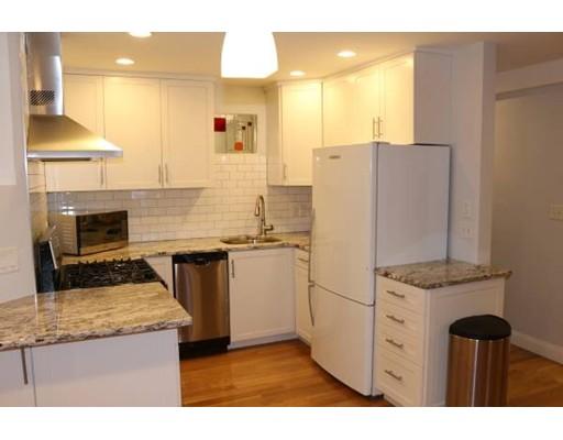 Maison unifamiliale pour l à louer à 85 Rockview Street 85 Rockview Street Bolton, Massachusetts 02130 États-Unis