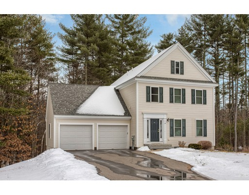 واحد منزل الأسرة للـ Sale في 24 Coppersmith Way 24 Coppersmith Way Townsend, Massachusetts 01469 United States