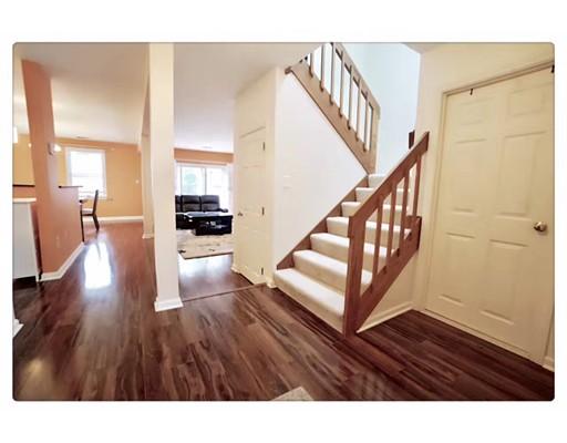 واحد منزل الأسرة للـ Rent في 31 Westview Road 31 Westview Road Natick, Massachusetts 01760 United States