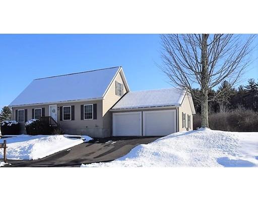 Casa Unifamiliar por un Venta en 21 Meadow Lane 21 Meadow Lane Orange, Massachusetts 01364 Estados Unidos