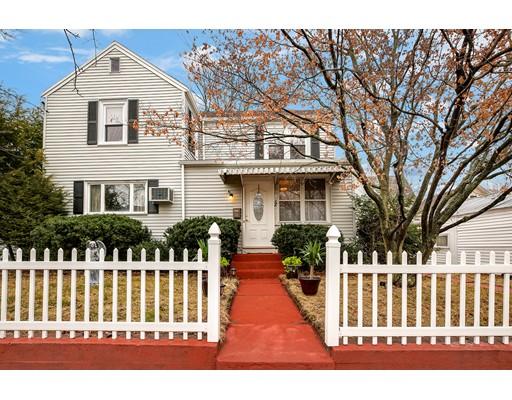 Maison unifamiliale pour l Vente à 12 Carter Street 12 Carter Street Newton, Massachusetts 02460 États-Unis