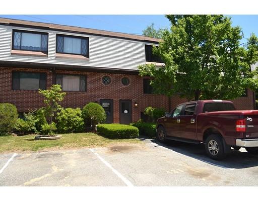 Частный односемейный дом для того Аренда на 434 Farrwood 434 Farrwood Haverhill, Массачусетс 01835 Соединенные Штаты