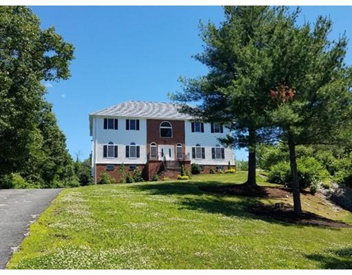 Частный односемейный дом для того Продажа на 67 Holland Road 67 Holland Road Wakefield, Массачусетс 01880 Соединенные Штаты