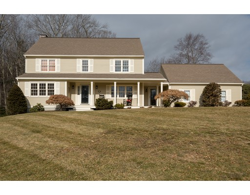 Single Family Home for Sale at 17 Anderson Farm Road Hanover, 02339 United States