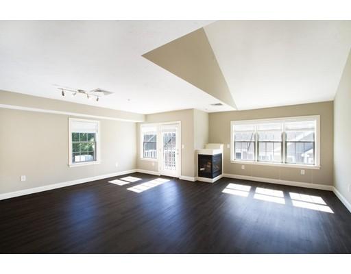 Condominium for Rent at 66 Hastings #303 66 Hastings #303 Wellesley, Massachusetts 02481 United States