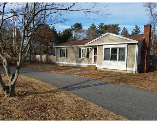 Single Family Home for Sale at 150 King Street 150 King Street Hanson, Massachusetts 02341 United States