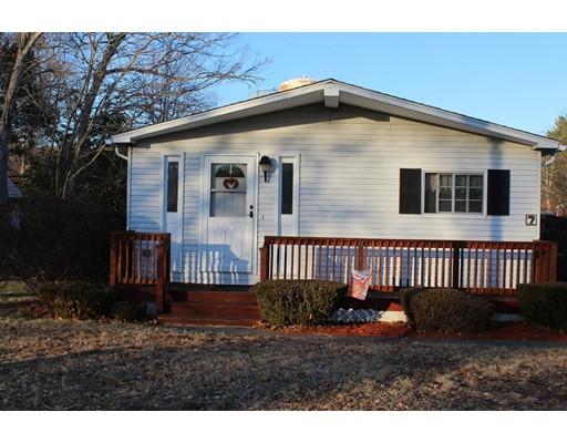 Maison unifamiliale pour l Vente à 7 Cherry Circle 7 Cherry Circle Rockland, Massachusetts 02370 États-Unis