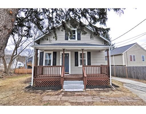 独户住宅 为 销售 在 72 Lilac Street 72 Lilac Street 坎伯兰郡, 罗得岛 02864 美国