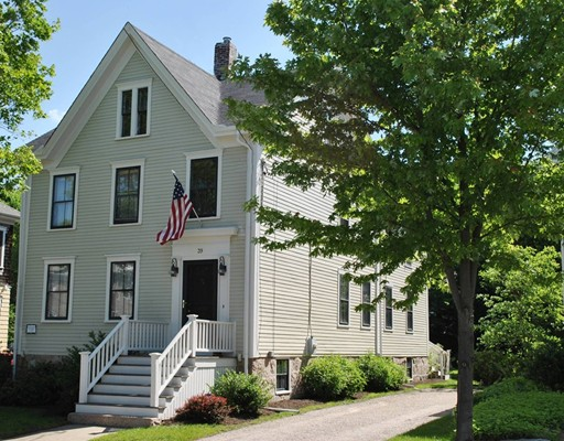 39  Fort St,  Fairhaven, MA