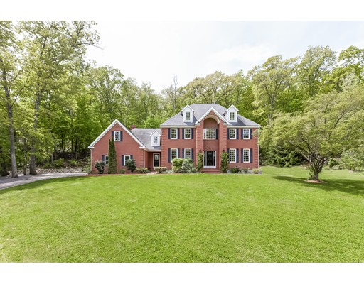 Single Family Home for Sale at 2 Jacobs Lane 2 Jacobs Lane Southborough, Massachusetts 01772 United States