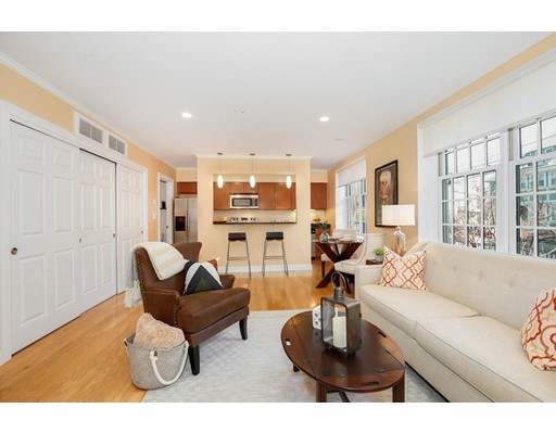 Condominium for Sale at 1 RUSSELL STREET 1 RUSSELL STREET Cambridge, Massachusetts 02140 United States