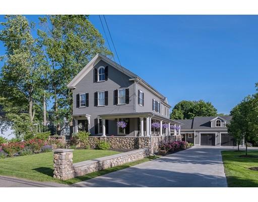 Maison unifamiliale pour l Vente à 392 Main Street 392 Main Street Hingham, Massachusetts 02043 États-Unis