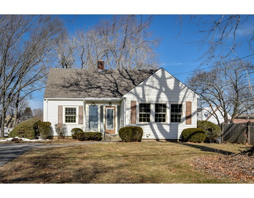 Single Family Home for Sale at 17 Ransom Road 17 Ransom Road Framingham, Massachusetts 01702 United States