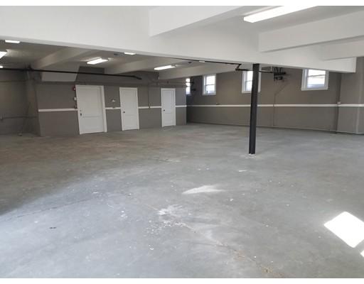 Commercial للـ Rent في 225 Beach Street 225 Beach Street Revere, Massachusetts 02151 United States