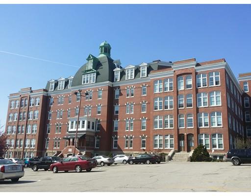 Частный односемейный дом для того Аренда на 56 St. Joseph Street 56 St. Joseph Street Fall River, Массачусетс 02723 Соединенные Штаты
