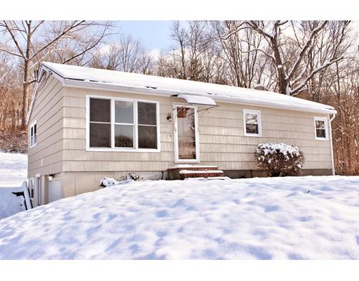 واحد منزل الأسرة للـ Sale في 58 Washington Road 58 Washington Road Brimfield, Massachusetts 01010 United States