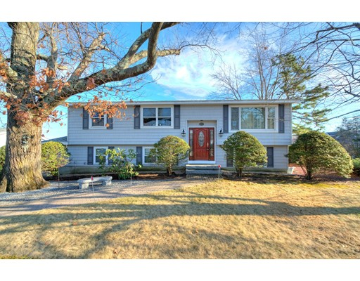 Single Family Home for Sale at 368 Mount Vernon Street 368 Mount Vernon Street Lawrence, Massachusetts 01843 United States