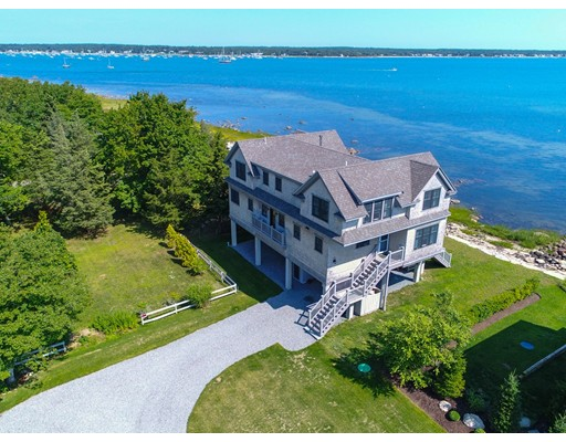 Single Family Home for Sale at 23 Grandview Avenue 23 Grandview Avenue Mattapoisett, Massachusetts 02739 United States