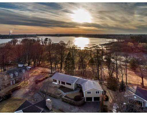 واحد منزل الأسرة للـ Sale في 6 Lanthorn Lane 6 Lanthorn Lane Beverly, Massachusetts 01915 United States