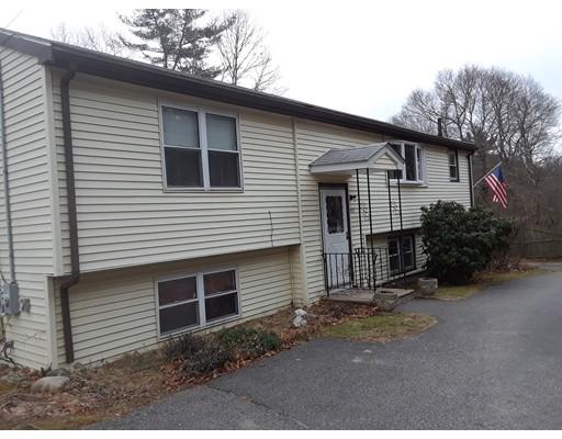Maison unifamiliale pour l Vente à 749 Hingham Street 749 Hingham Street Rockland, Massachusetts 02370 États-Unis