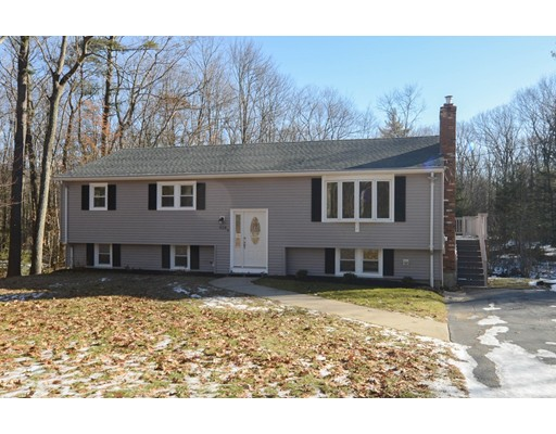 Single Family Home for Sale at 918 Brockelman Road 918 Brockelman Road Lancaster, Massachusetts 01523 United States