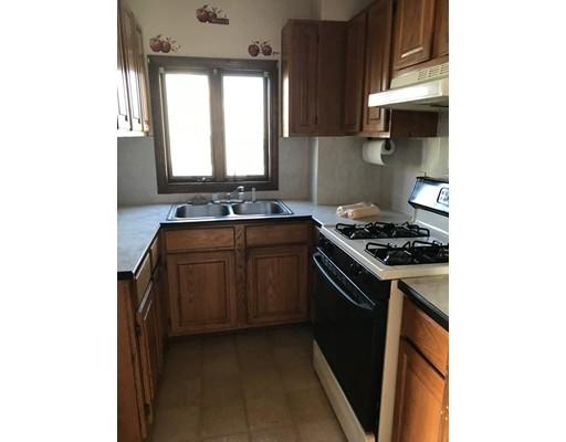 واحد منزل الأسرة للـ Rent في 186 Snell Street 186 Snell Street Fall River, Massachusetts 02721 United States