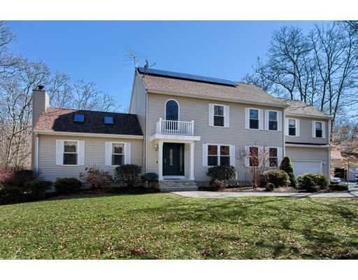 Casa Unifamiliar por un Venta en 8 Oakstone Way Westport, Massachusetts 02790 Estados Unidos